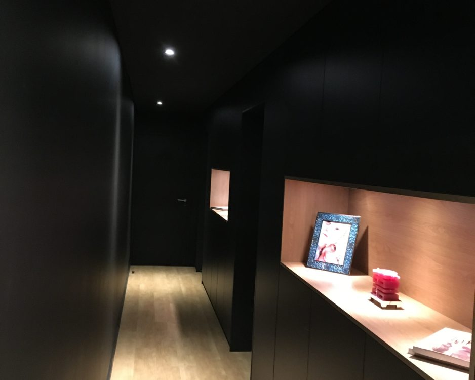 Aménagement rangements couloir