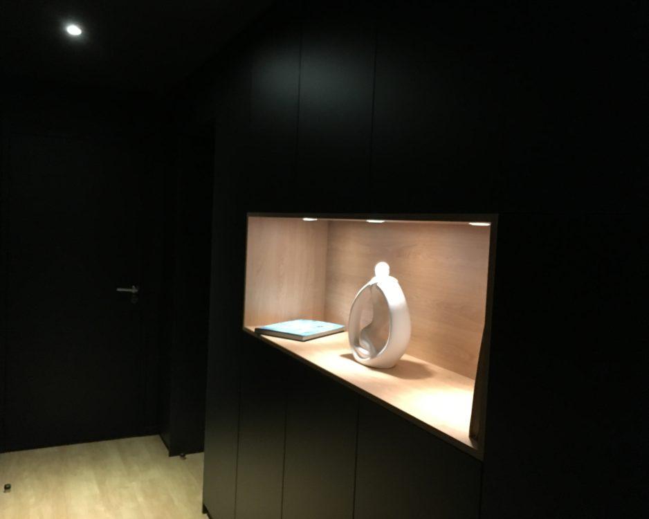 Aménagement niche rangements couloir
